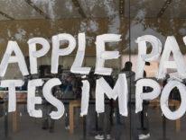 Apple, paga le tasse