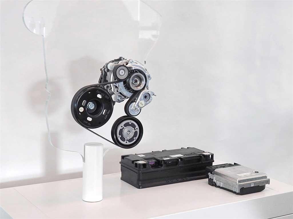 Starter generator, batteria e convertitore