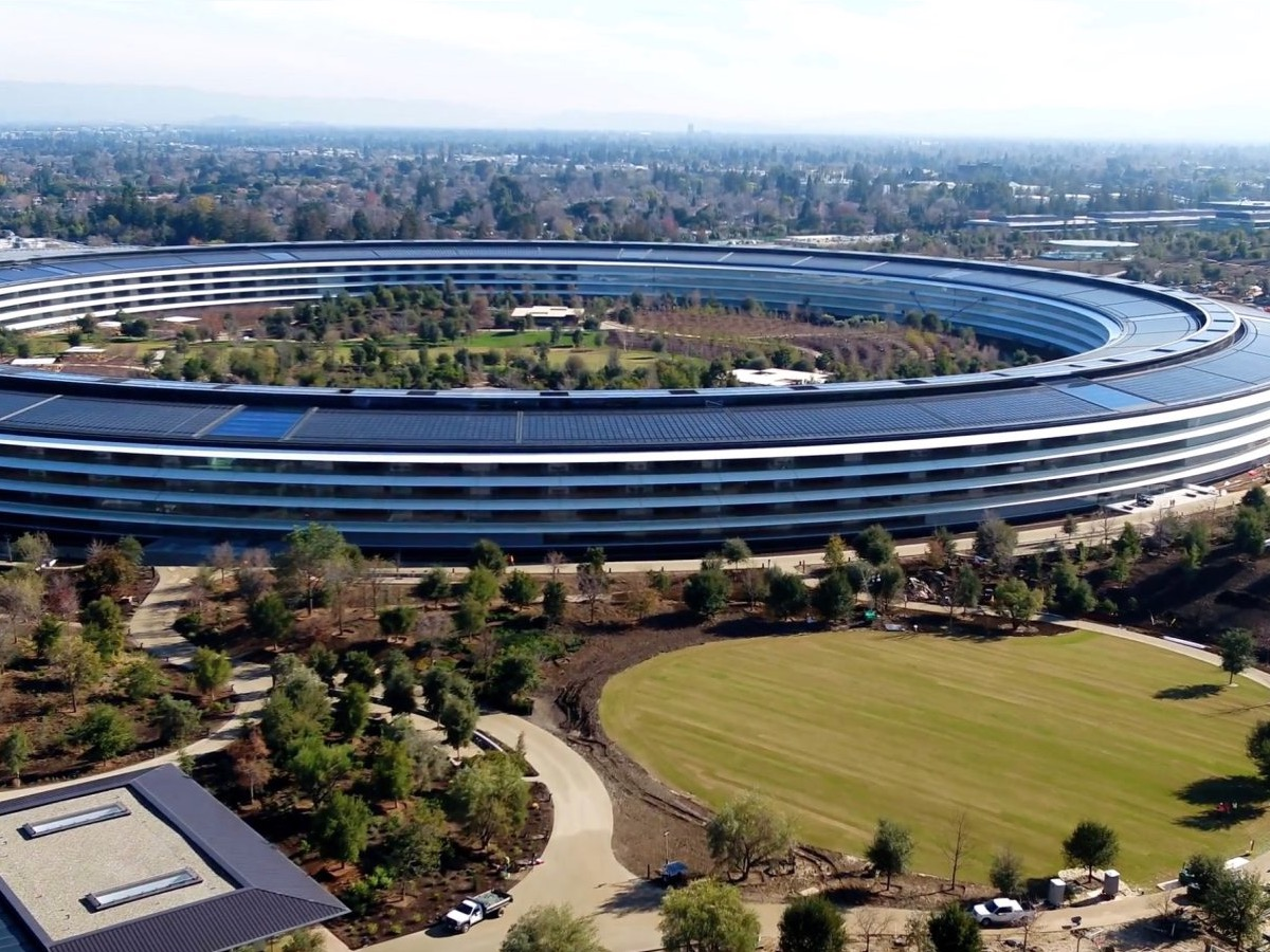 Cupertino tassa apple, foto campus Apple Park