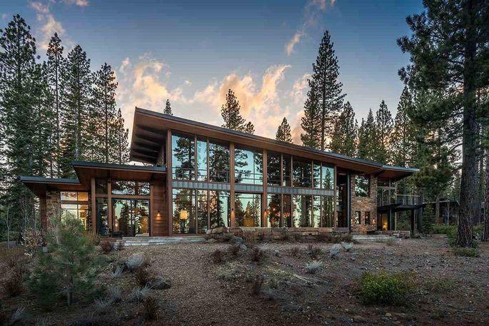 Eddy cue vende il suo cottage di lusso vicino al lago for Cabina nel noleggio lago tahoe