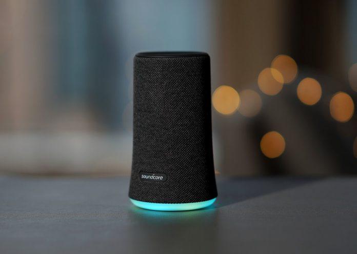 Soundcore Flare Speaker, l'altoparlante a 360 gradi in sconto  a 39 euro con codice Macitynet