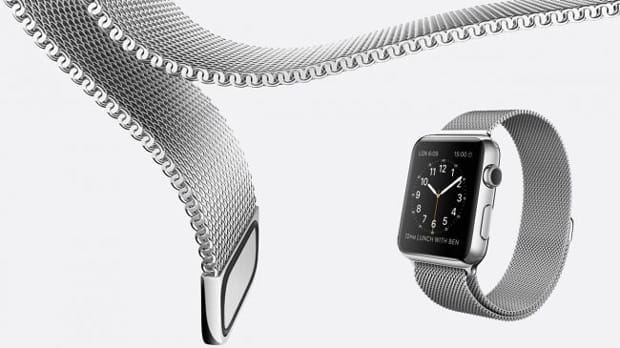 Il loop in maglia milanese per Apple Watch è in acciaio inossidabile. Avvolge il polso e può essere regolato a piacere dal momento che è interamente magnetico.