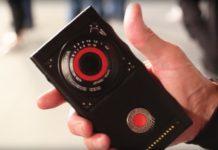 Red Hydrogen One, il telefono arma letale avrà una  videocamera 8K 3D