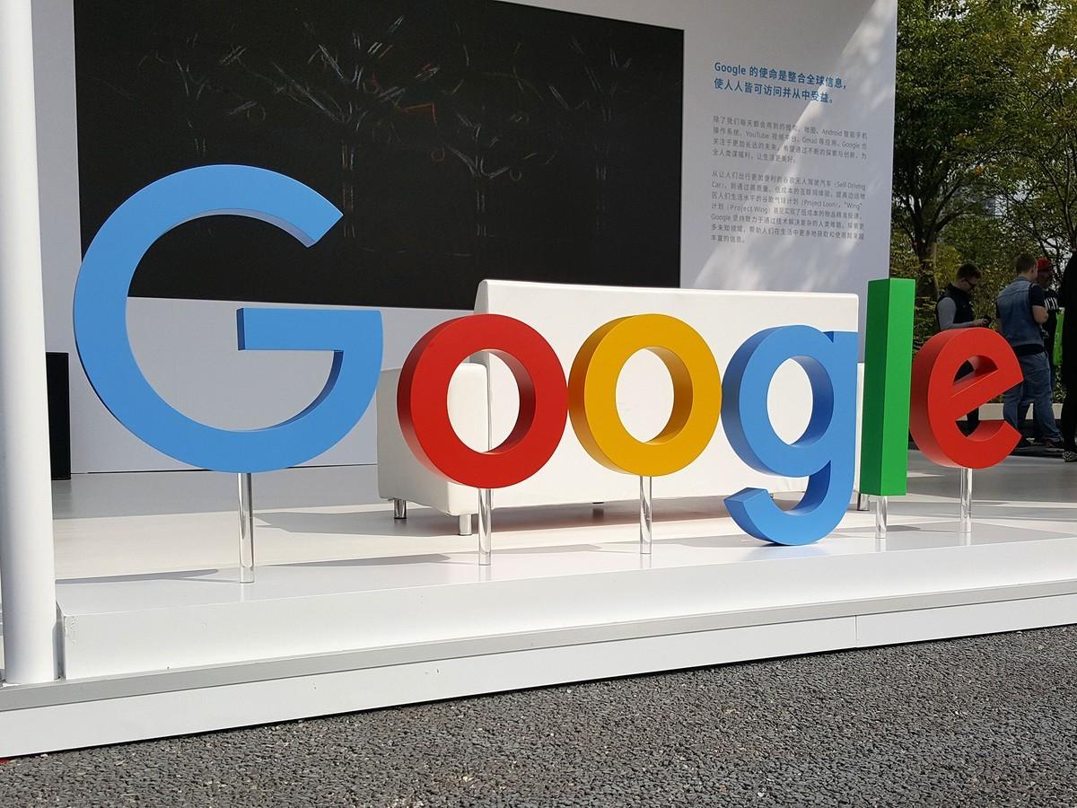 google tracciava safari foto google