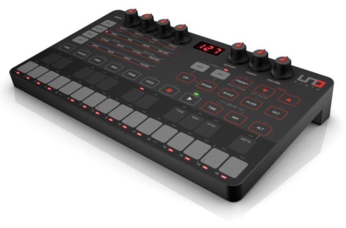 UNO Synth, il primo sintetizzatore analogico di IK Multimedia