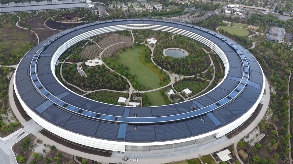 video apple park, foto Apple Park ripresa aerea da drone DJI Phantom 4