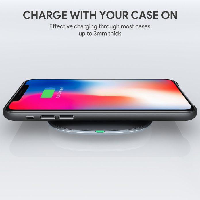 Graphite Wireless Charger, in sconto di 10 euro il carica batteria Aukey per iPhone X, 8 e 8 Plus