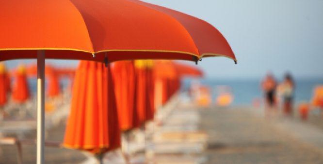Playaya, l'ombrellone in sharing a portata di click su iPhone e Android