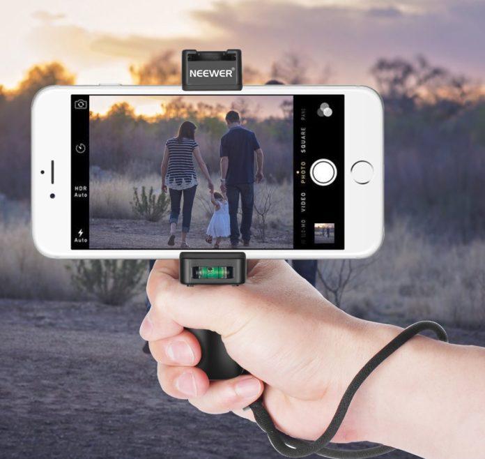 Neewer RIG, geniale supporto per smartphone, perfetto per foto e video con iPhone e Android