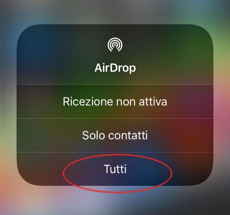 Attivare tutti i contatti su AirDrop