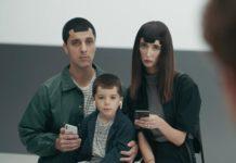 """Ancora prese in giro, Samsung si scaglia contro Apple in tre nuovi spot """"Ingenius"""""""