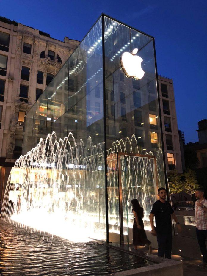 Apple Piazza Liberty si inaugura giovedì 26 luglio alle 17