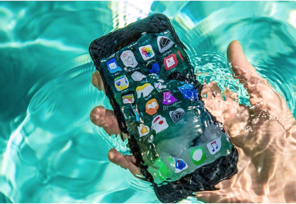 13f9eb6b4b5 Apple studia iPhone completamente impermeabili