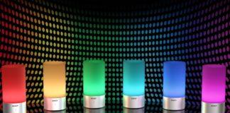 Lampada LED per casa, luce multicolore: scontata a 19,99 euro