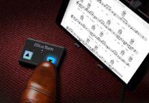 Musicisti hi-tech con le pedaliere Bluetooth per iPhone iPad