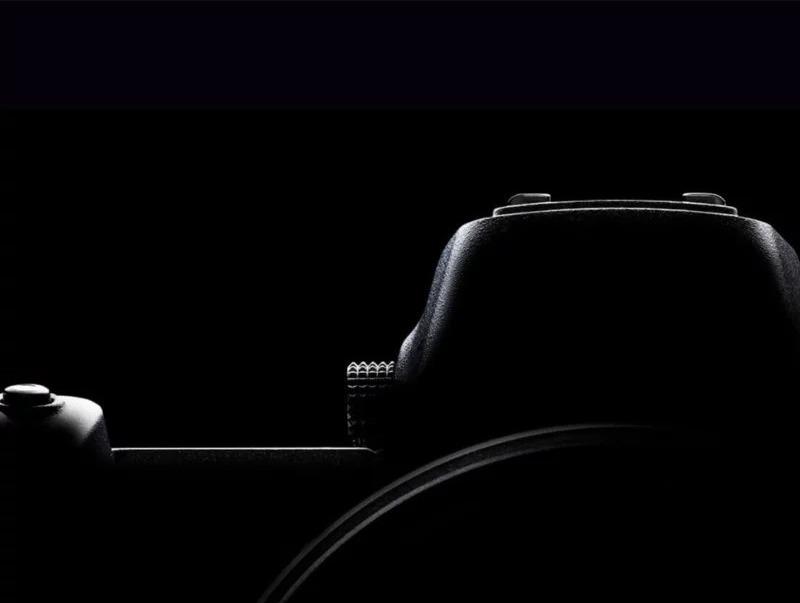 Mirrorless Nikon, ecco il primo teaser dei nuovi modelli