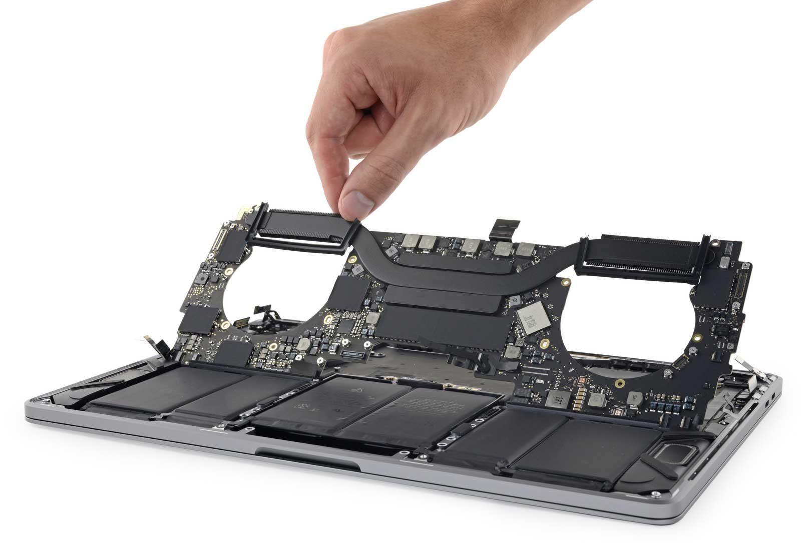 """scheda logica MacBook Pro 13"""" 2018"""