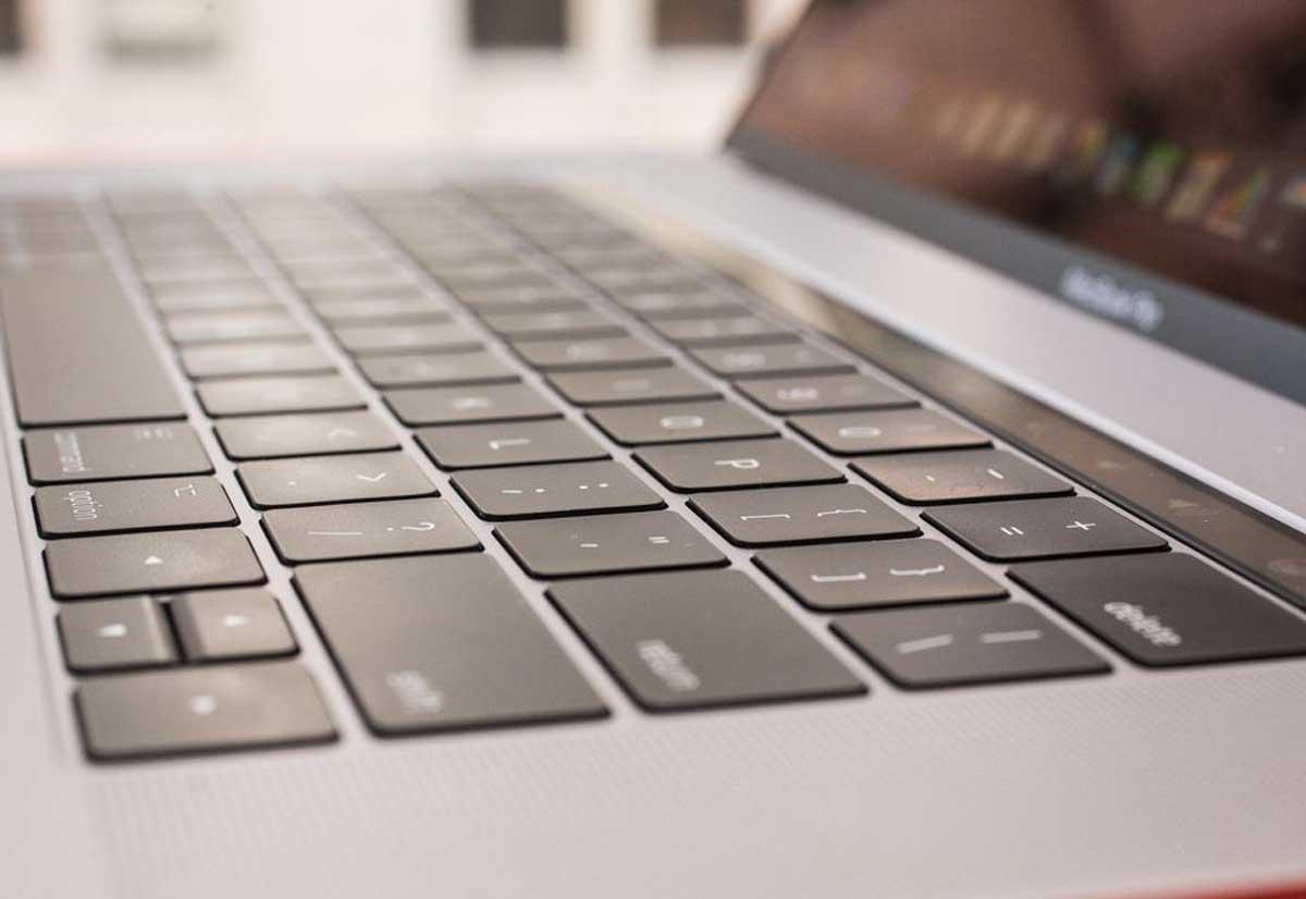 Tastiera nuovi MacBook Pro