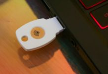 Google Titan Security Key, ecco la chiavetta di sicurezza di Google