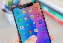 Xiaomi Mi 8, in sconto lo smartphone con sensore impronte nel display