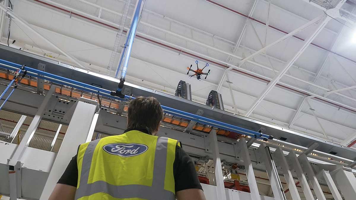 Ford sperimenta i droni sulle linee di produzione