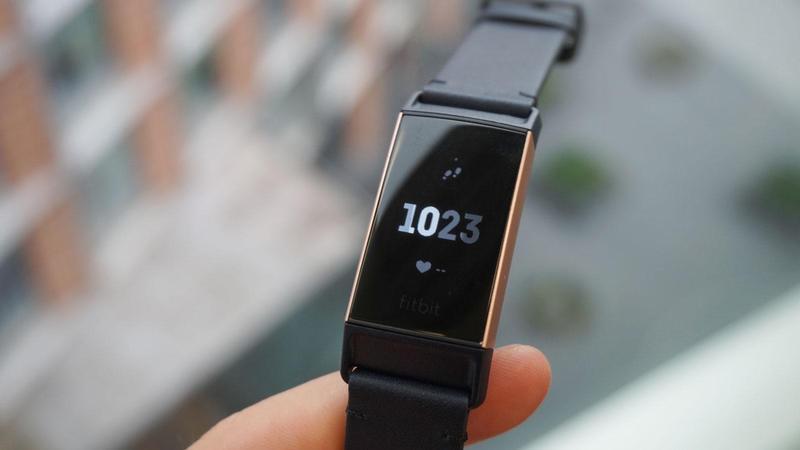Fitbit Presenta Charge 3 Nuovo Display E Durata Batteria