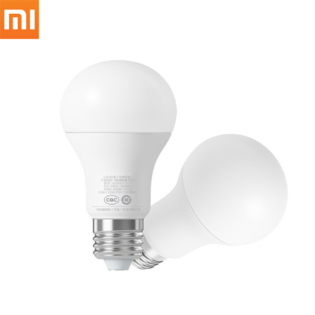 Solo 8 euro: lampadina LED Xiaomi Philips con controllo remoto via app