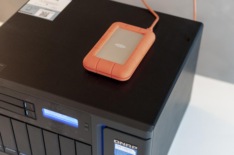 Recensione QNAP TVS-1282T3, il Mac dei NAS per ufficio