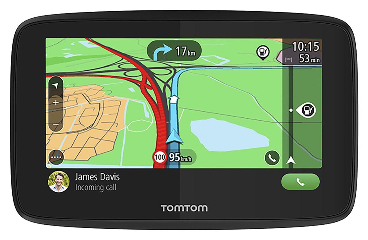 TomTom Go Essential, il navigatore GPS che si collega allo smartphone