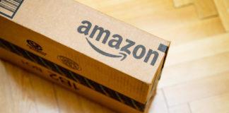 Dipendenti Amazon accusati di aver cancellato recensioni e venduto dati di vendita