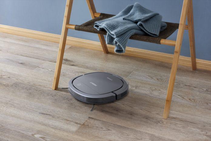 Deebot 710, Ozmo Slim10 e Winbot X: i robot di Ecovacs a IFA 2018