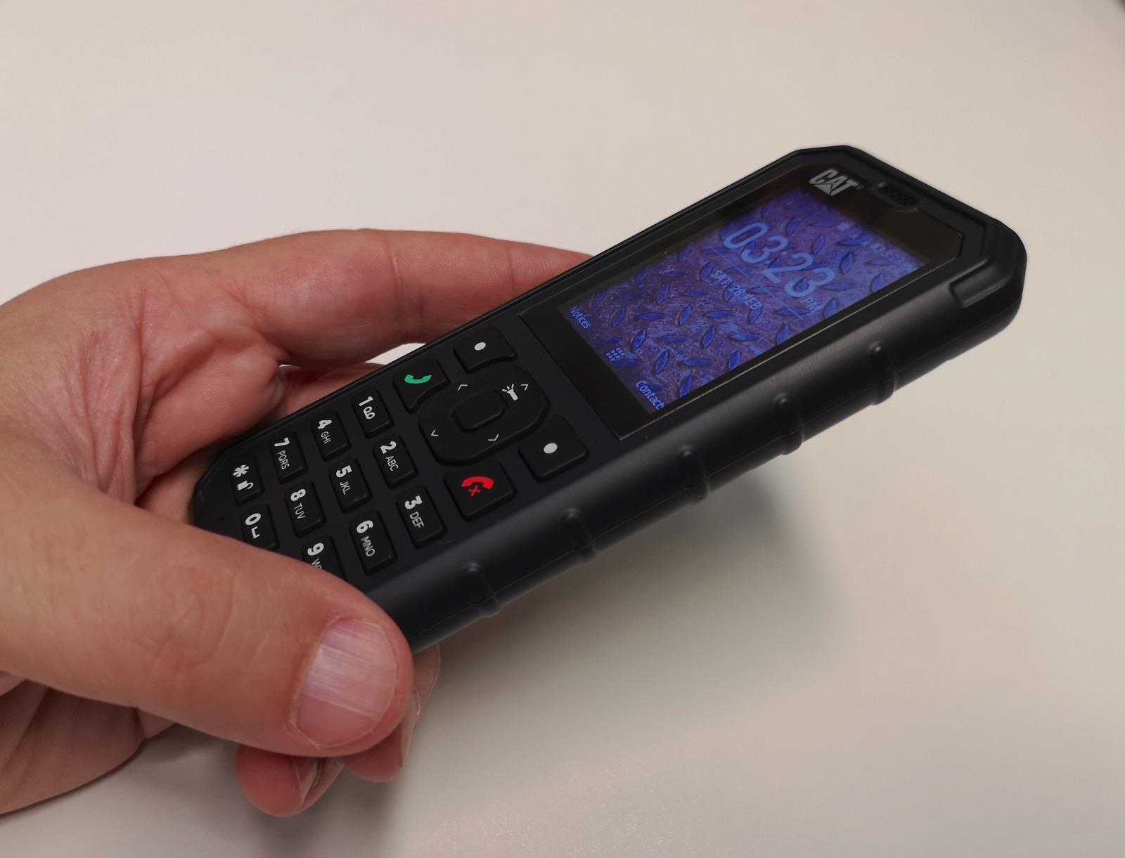 Rivenditori Cellulari Caterpillar.Cat B35 Il Cellulare Rugged Con Il 4g Arriva In Italia A
