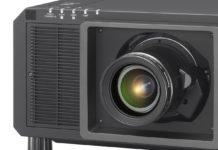 Panasonic RQ22K, il videoproiettore 4K+ super-compatto