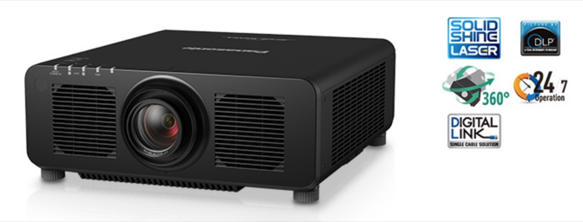 Panasonic PT-RZ120, videoproiettore 4K con luminosità 12.000 lumen
