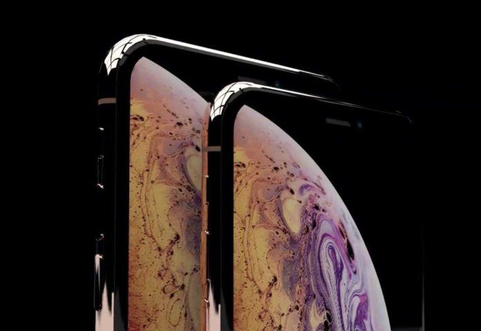 Il nuovo iPhone X da 6,5″ si chiamerà 'iPhone XS Max'