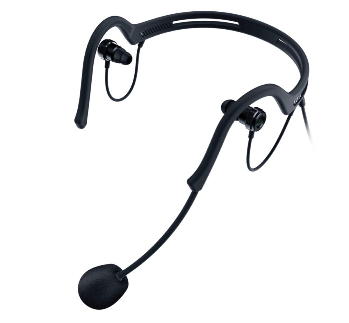 Razer Ifrit, l'auricolare per broadcaster con microfono a condensatore