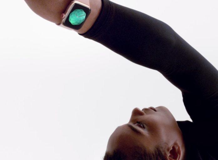 Sei anziano? Il rilevamento cadute di Apple Watch 4 viene attivato in automatico