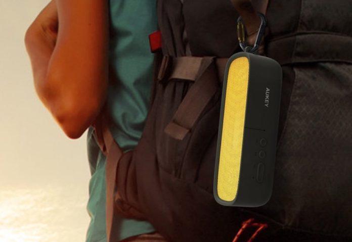 Speaker Bluetooth 6W, antiurto e impermeabile: sconto a soli 15,99 euro
