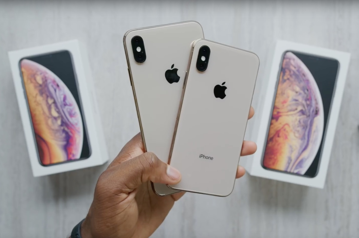 Primo unboxing iPhone XS Max e XS è già su YouTube