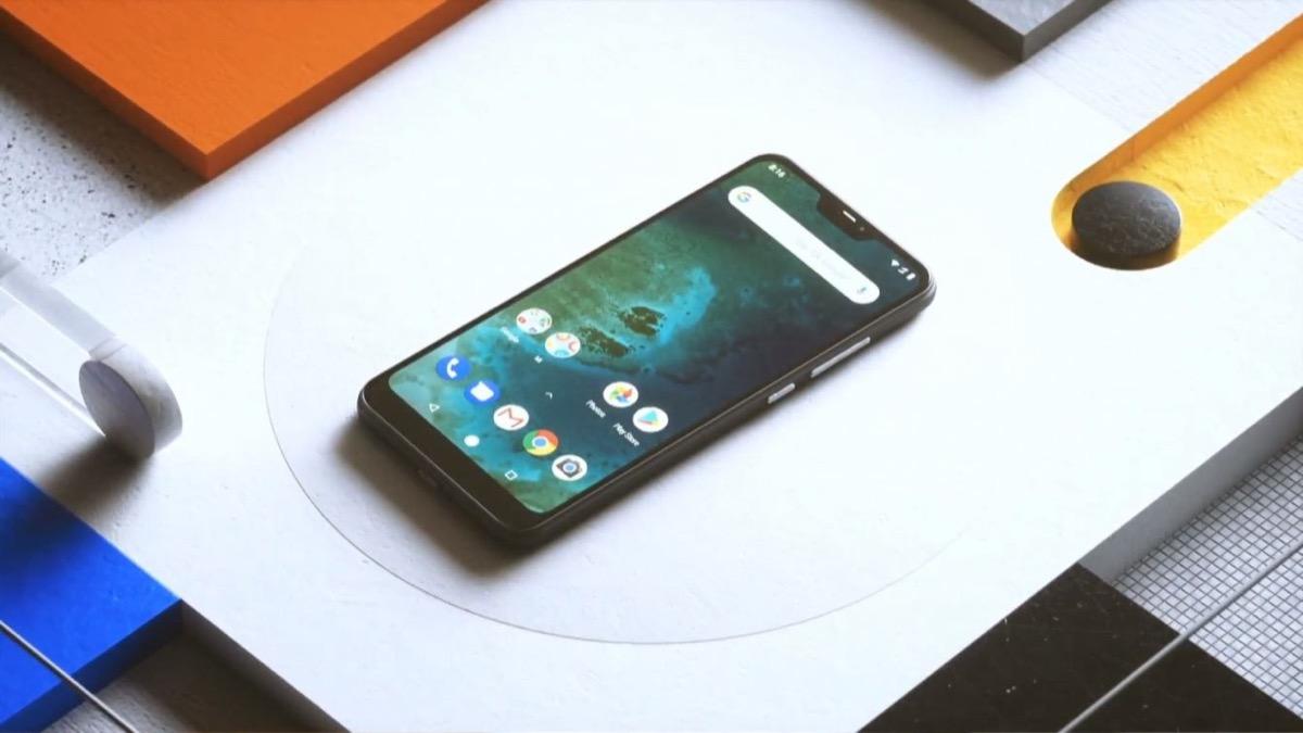Xiaomi Mi A2 Lite, 32GB con Android Stock a soli 156 euro