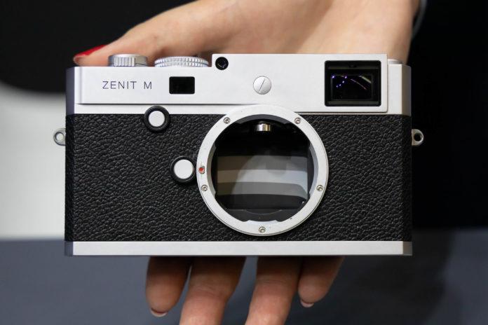 Zenit e Leica presentano la Zenit M, una nuova full frame digitale e telemetro