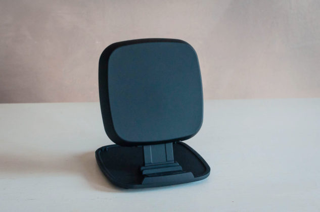 Zens Fast Wireless Charger, recensione del caricabatterie modulare
