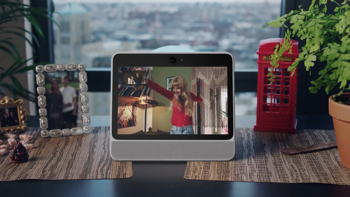 Facebook ci prova: arriva Portal, lo speaker Intelligente con Amazon Alexa