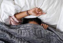 Gravity, la coperta pesante per dormire bene arriva in Italia