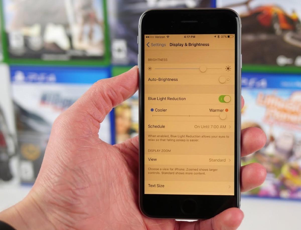 Lo schermo di iPhone XS Max è un gigante gentile con gli occhi