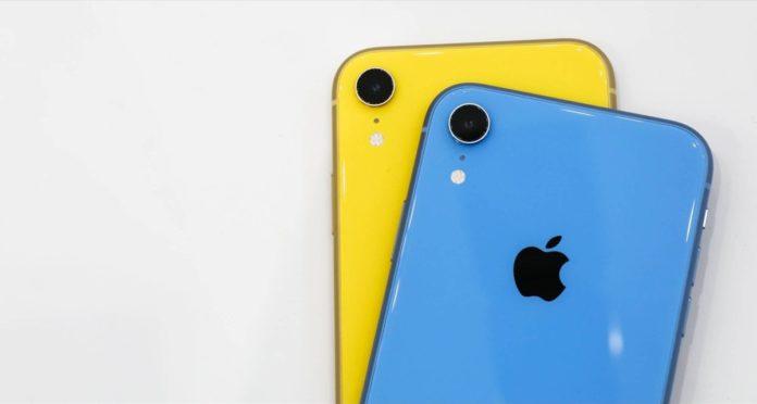 iPhone XR ora in vendita negli Apple Store, ma niente custodie ufficiali