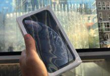 Unboxing iPhone XR italiano e prime impressioni d'uso