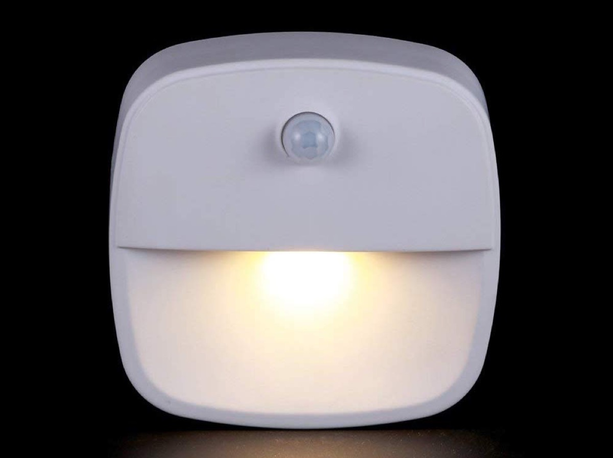 Ultime ore lampade led con sensore di movimento a partire for Lampade a led casa