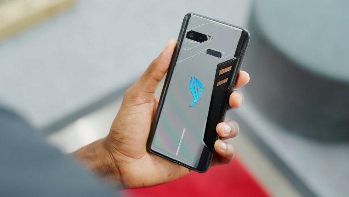 Asus ROG Phone arriva in Italia, prezzo importante