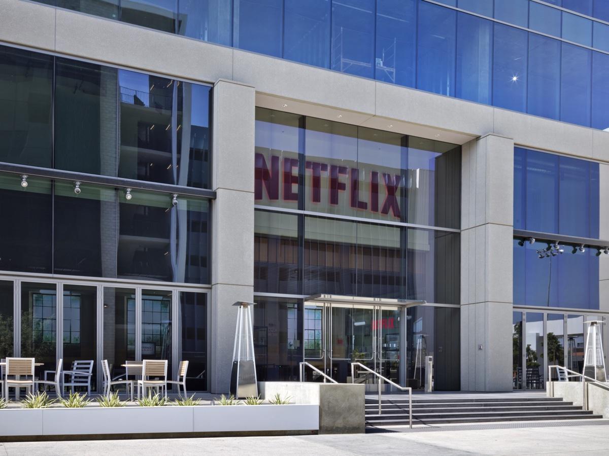 I prezzi Netflix aumentano in USA, i rincari attesi in Italia